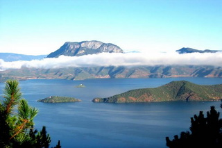 Lugu Lake joins Yunnan and Sichuan Province