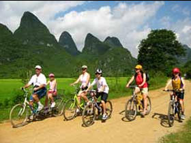 Cycle around Rustic Yangshuo