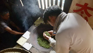 Tea making at Mt.Mengding, Sichuan,China